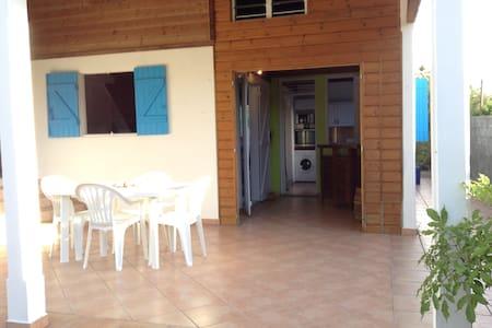 maison créole à la campagne - Talo