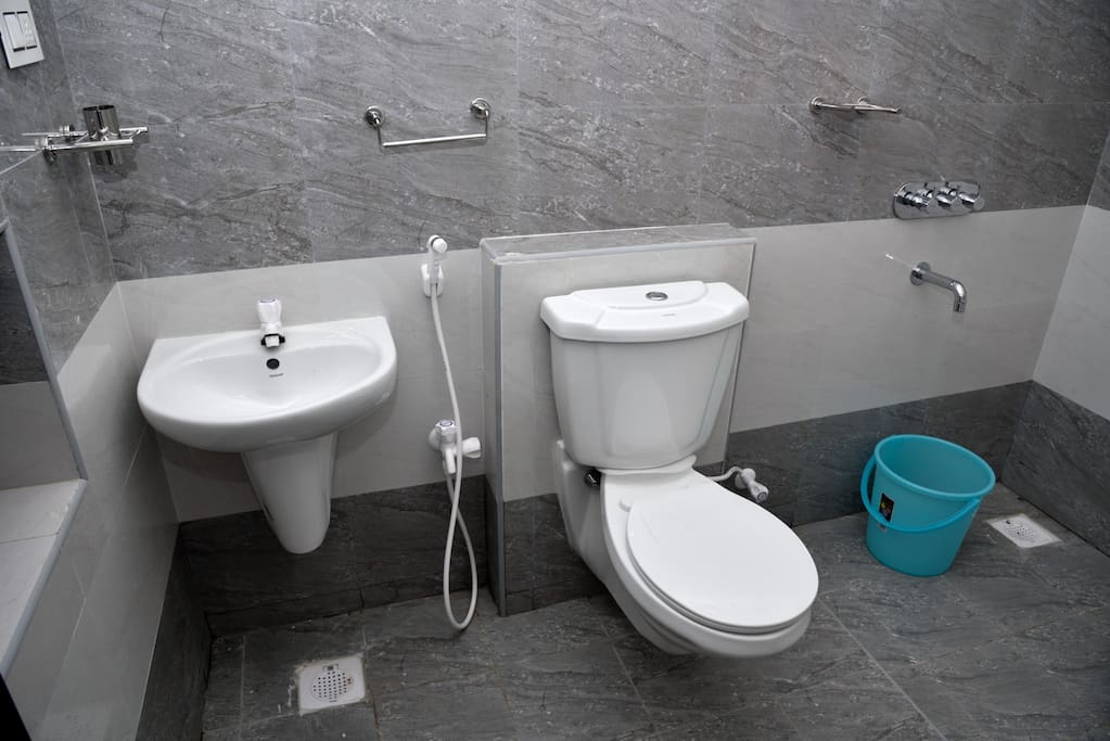 western toilet with exhaust fans