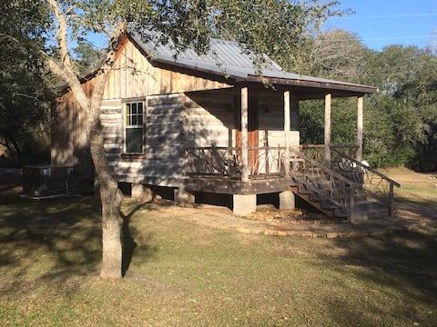 Secluded Log Cabin For 2 in La Grange TX