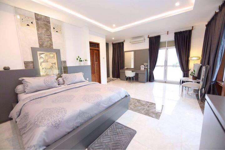 Hotel Villa Buah ( Superior Room 2 )