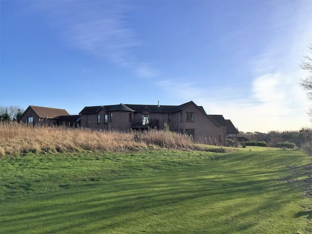 Outstanding new Golf property with Hot tub.Luxury - Letham Grange - House