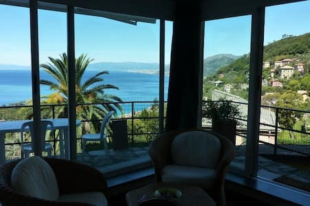 From the sea to the mountains, here is Liguria !