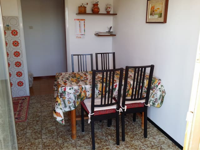 Apartament in a house near Koper - Pobegi - House