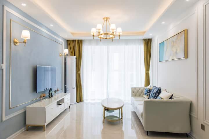 星光岛Lisa温馨美居精装两室轻奢装修