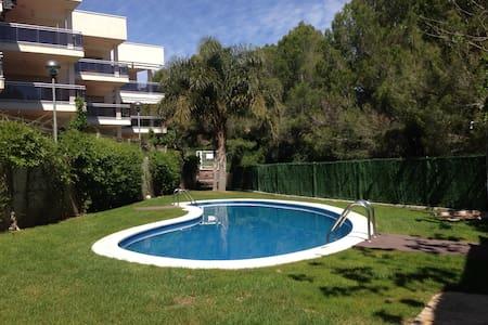 appartement avec toit terrasse - Calafat