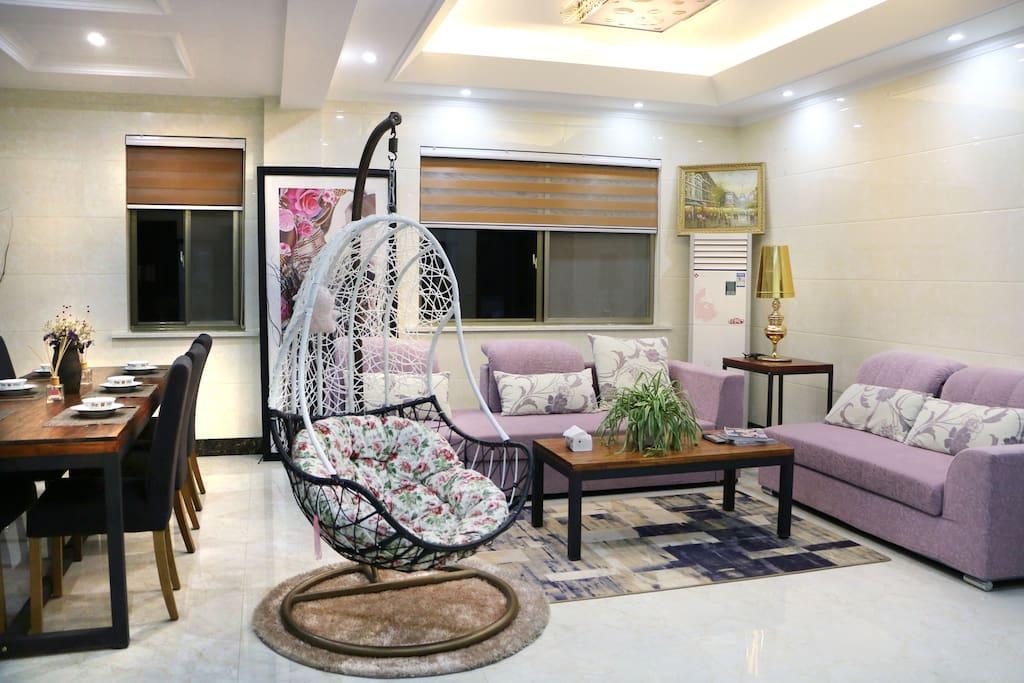 宽敞的客厅,幸福的摇篮