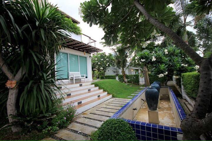 Huahin seaview villa