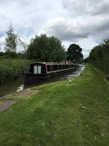 Amazing narrowboat Twin En suite Double Bedrooms - Morden - Barco