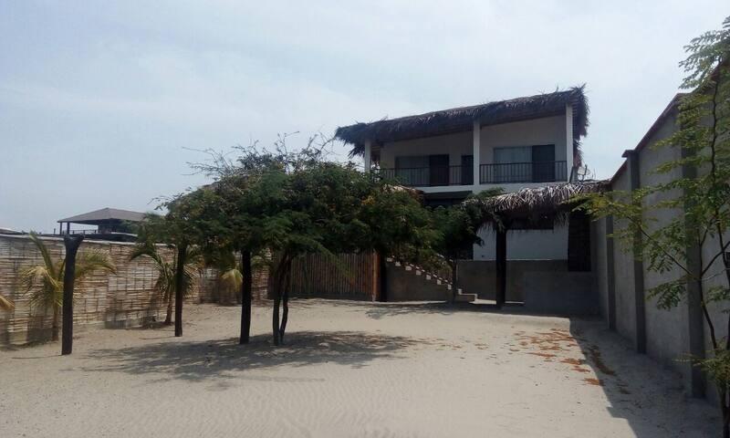 """Casa Vichayito, """"La Casita del Cerro"""""""