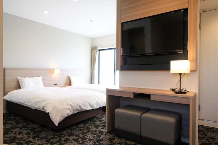 4 guests, 4 minutes from Haneda Airport Suite #303