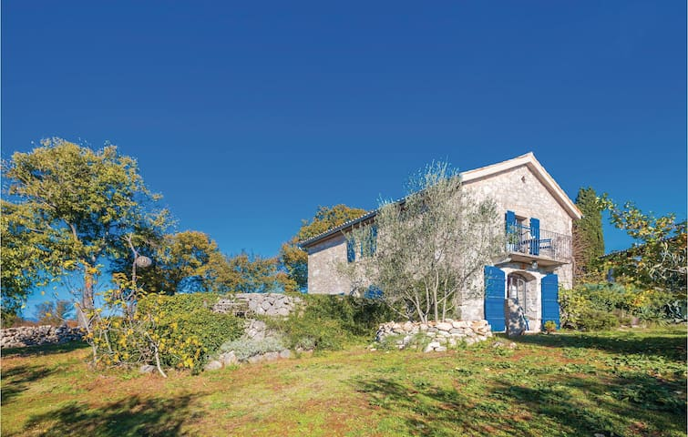 Holiday cottage with 1 room on 85 m²