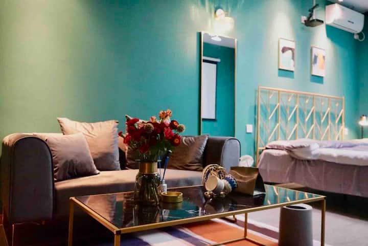 【逸休·room3】墨色温莎·近海公寓新茂业/燕山大学/小吃街 /新澳海底世界