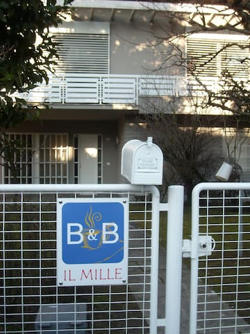 B&B IL MILLE  - San Giovanni in Persiceto, Loc. S.M. Decima - Bed & Breakfast