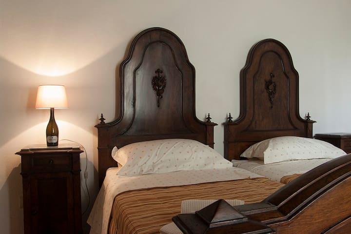 Il Casino di Donna Maria - Stanza Classica - Mormanno - Villa