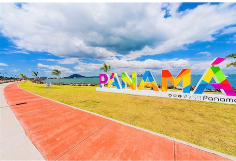 COZY 5* apartment in front to PANAMA CANAL