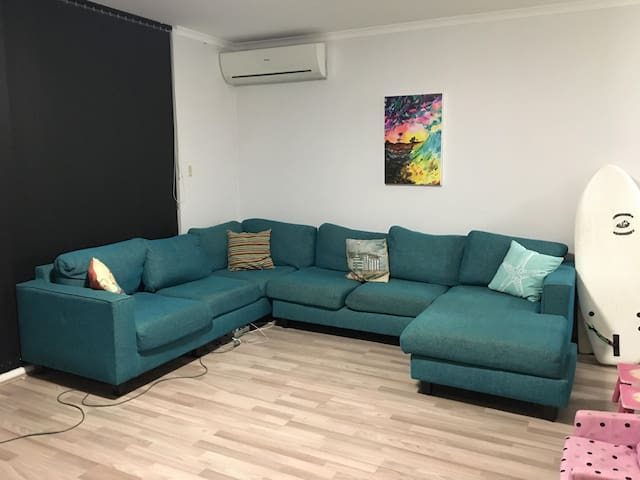 Awesome Apartment just minutes from the beach!