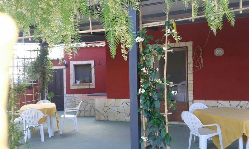 Casa Linu, rustico immerso nella natura - Santa Margherita di Belice - Cabaña en la naturaleza