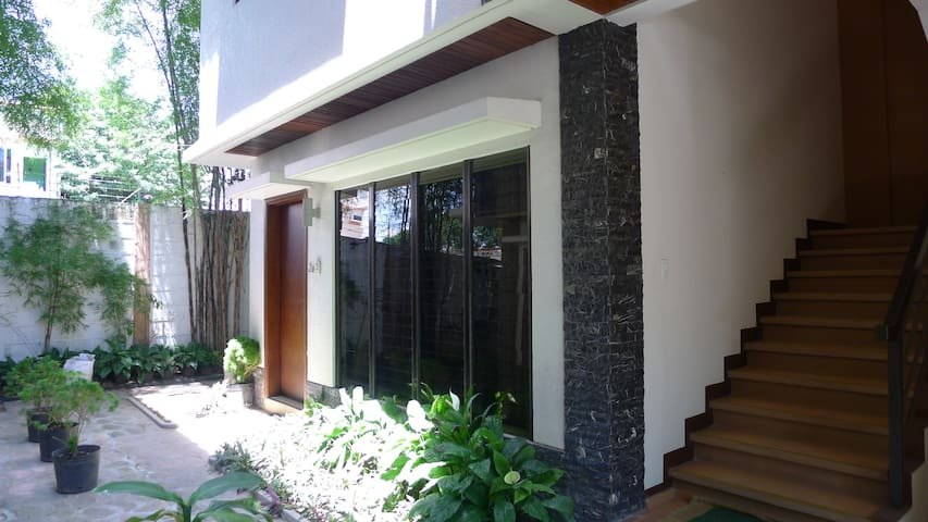 1BR Dumaguete Apt 2A - Free Pickup - Dumaguete - Wohnung