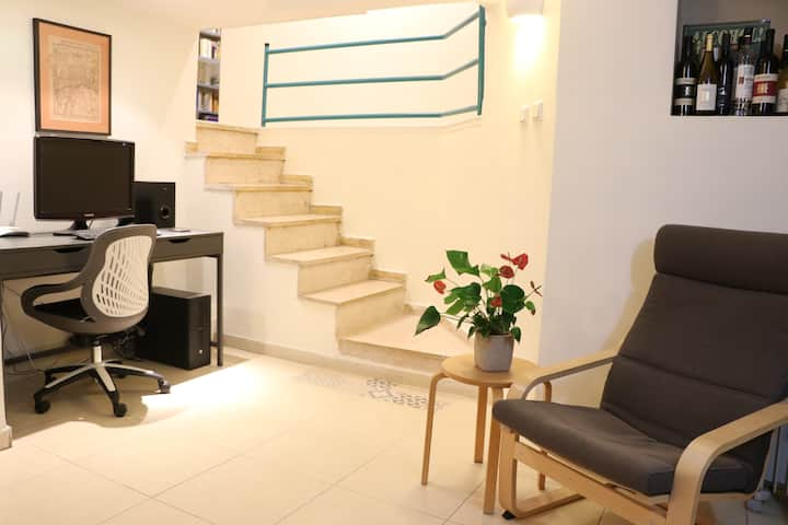 Your Home Away From Home - Big Apt. in Baka'a