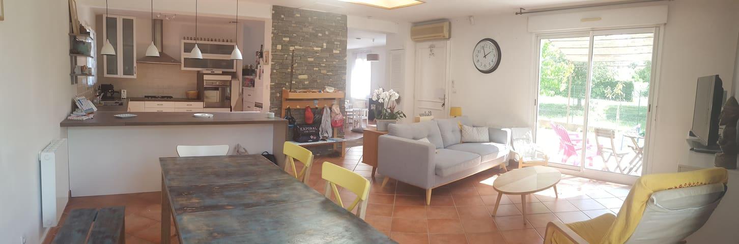 Maison familiale au coeur de la provence verte