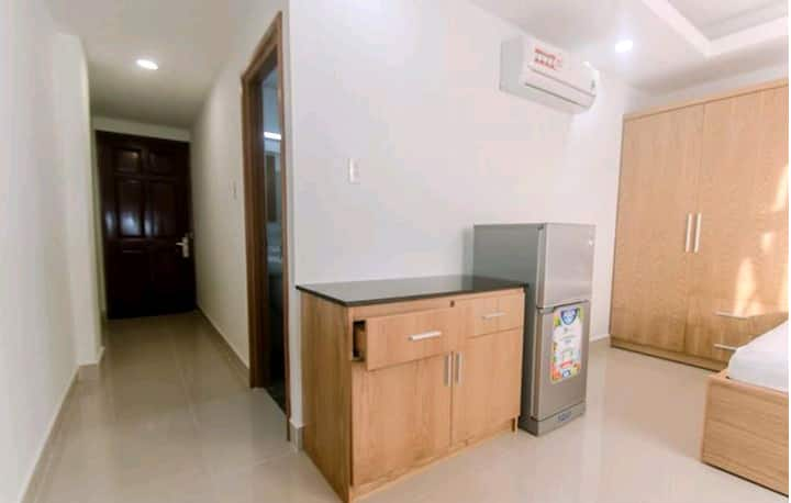 Rooms for long and short term lease
