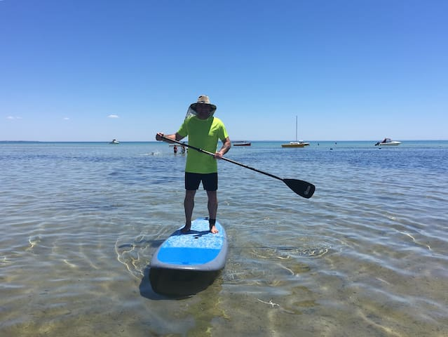 Beachfront writers retreat/paddle boarding heaven