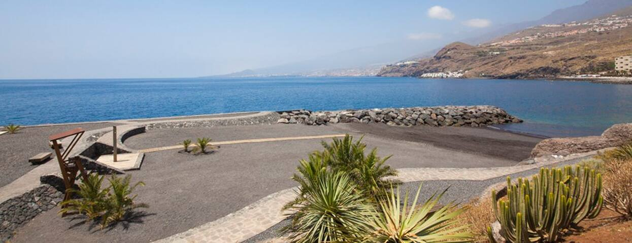 APARTMENT WITH BEACH VIEW 4-6 PEOPLE IN TENERIFE - Radazul - Huoneisto