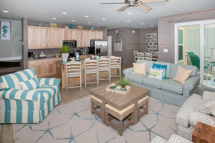 NEW PET FRIENDLY Cottage | Outdoor pool, Beach Access | Free golf, fishing, dolphin cruise, OWA TIX