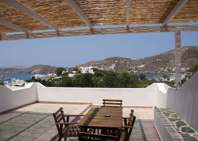 big terrace apartment with sea view - Ios - Appartement