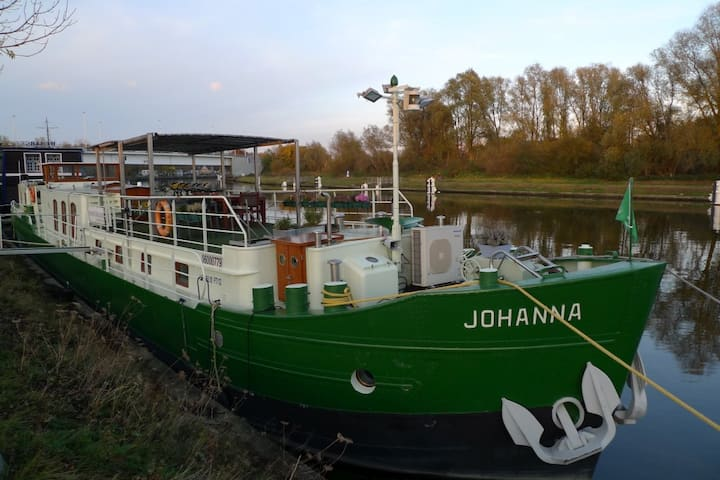 Barge Johanna (twin/double bed)