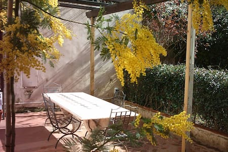 Apartment inside Villa Corliano - Rigoli - Bed & Breakfast