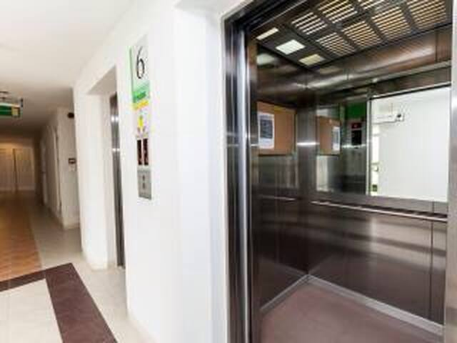 3 mins walking to BTS on nut, 1+1 bed nice condo - Bangkok - Apartament