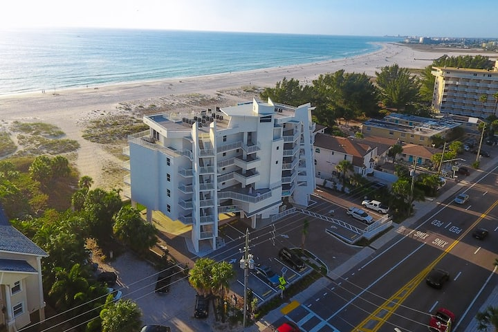 Luxurious New Condo Steps Away from Beach