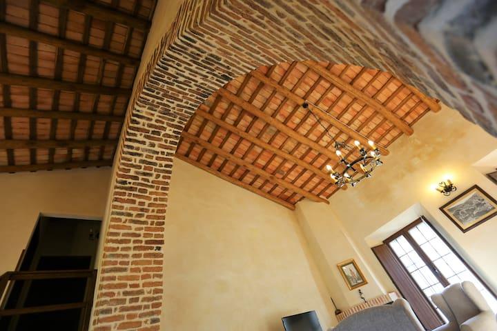 El Halcón, Hacienda Escutia, Vía Verde S N Sevilla - Cazalla de la Sierra - Rumah