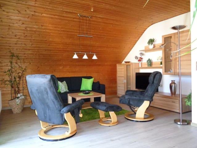 """Ferienwohnung Balbach,""""Haus Hella"""" (Lauda-Königshofen), Ferienwohnung 65 qm mit Balkon"""