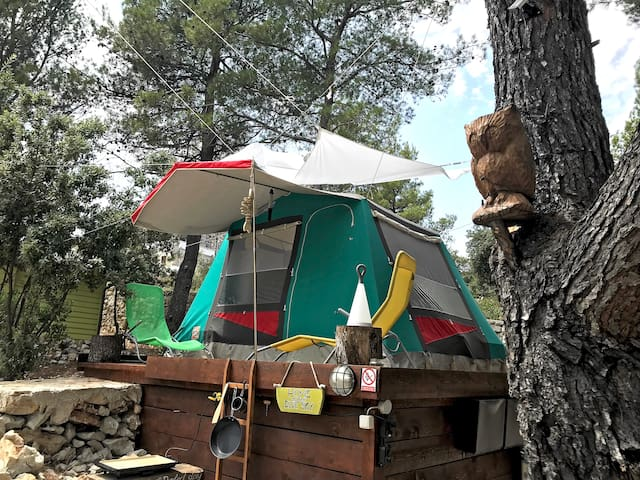! JUNE DISCOUNT ! - LOVELY CAMP with amazing VIEW