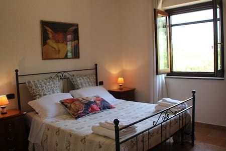 Camera Zefiro - Castellabate - Bed & Breakfast