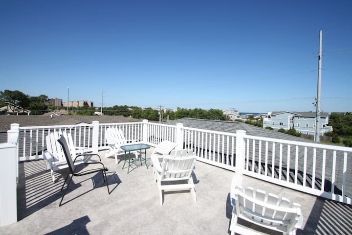 3 Blocks to the Beach with Roof Top Views of the Ocean, Spacious and Contemporary - South Bethany - Hus