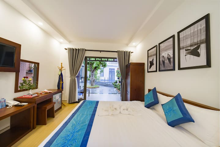River Waves | Double Room with Pool & Breakfast #1