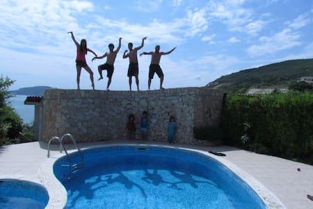 Villa Sunny Joy