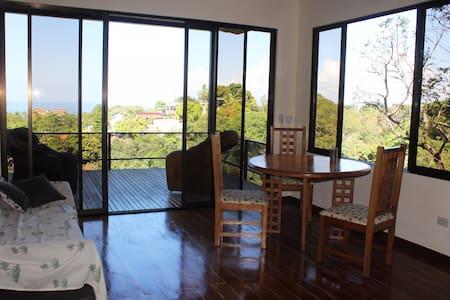 Ocean View House, Casa Alicia - Quepos - Σπίτι