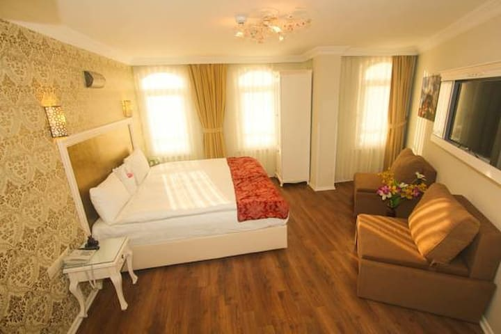 Economic & Wonderful Location Rooms - Fatih - Guesthouse