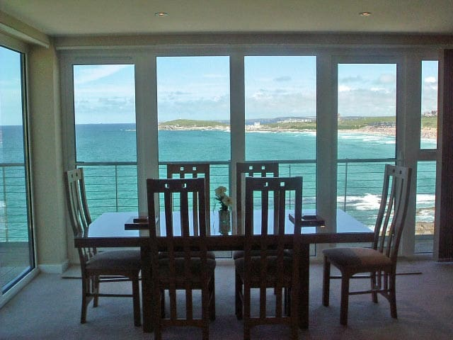 Apt11, 270 North, Fistral Beach, Newquay, Cornwall