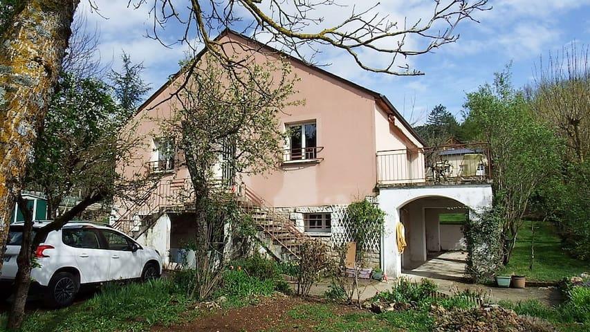 Villa 95 m² - 5 couchages à  CHANAC 48230