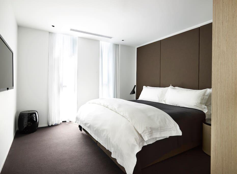 Luxury One Bedroom Studio Bedroom