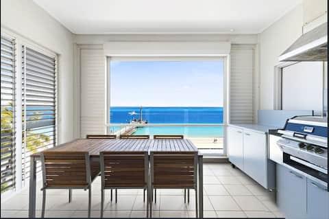 Deep Blue Apartment 14 - Halekai