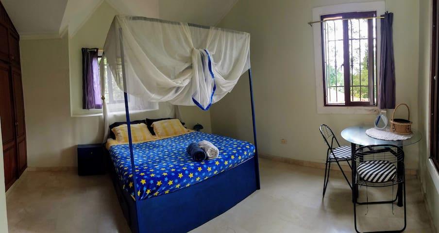 Chambres chez l'habitant.
