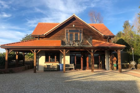 Stunning Chalet in heart of the Moutere
