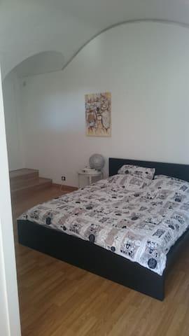 1 ere chambre, lit double
