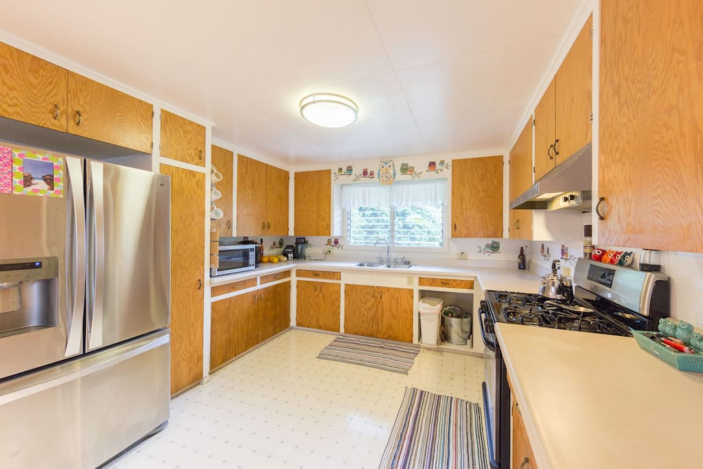 Spacious kitchen fully stocked with everything you need to prepare meals. There is space in Refrigerator and Pantry for you to store food.